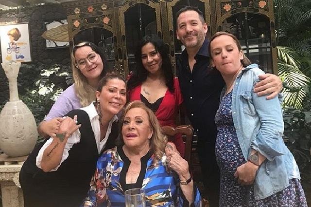 Alejandra Guzmán celebra el Día de las Madres sin Frida Sofía