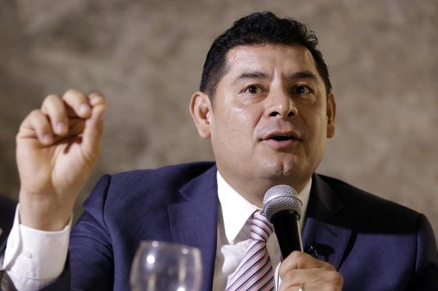 No descarta Armenta sumarse a bancada de Morena tras sanción