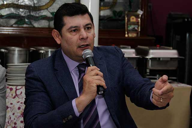 Armenta acusa a RMV de confrontarlo con la dirigencia de Morena