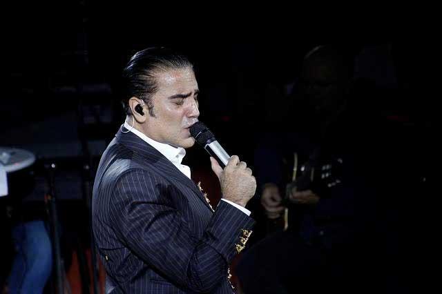 Alejandro Fernández y el penoso incidente en el Palenque de Puebla