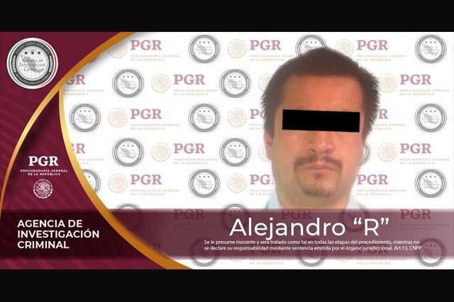 Le dictan formal prisión al policía que torturó a la periodista Lydia Cacho