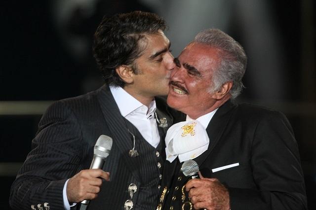 Así planearía Vicente Fernández sacar del alcoholismo al Potrillo