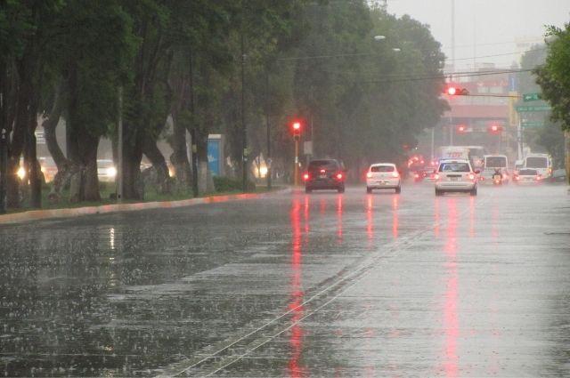 Alertan por huracán en Quintana Roo