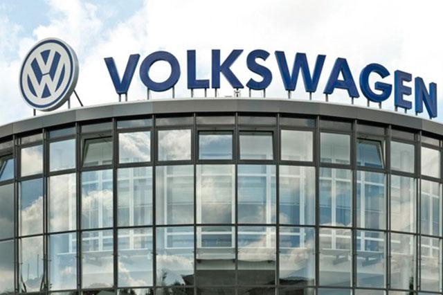 VW anuncia en Alemania plan para corregir motores alterados