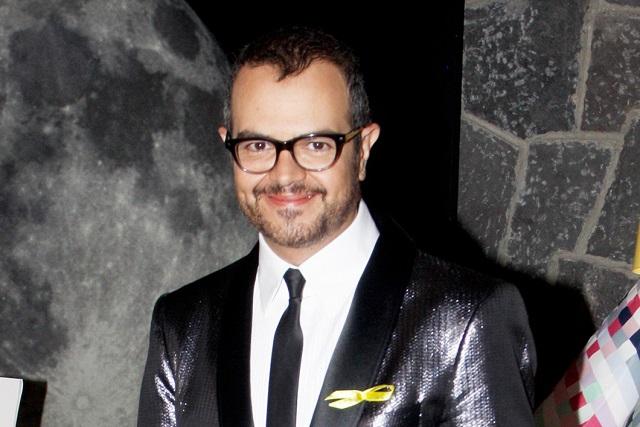 Aleks Syntek pide que no se ponga reggaetón en lugares públicos
