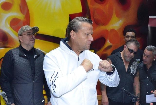 Adame dice que pelea con Carlos Trejo no está cancelada