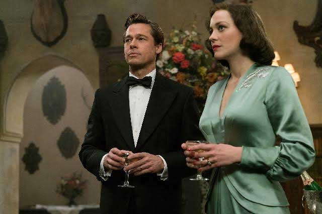 Brad Pitt visita China para presentar la cinta Aliados