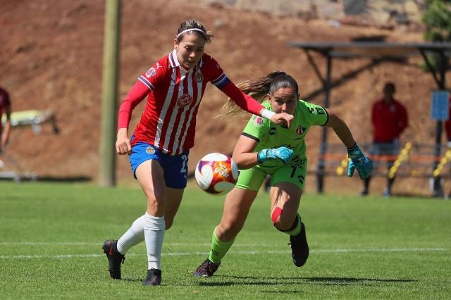 Alicia Cervantes, la nueva goleadora histórica de Chivas Femenil