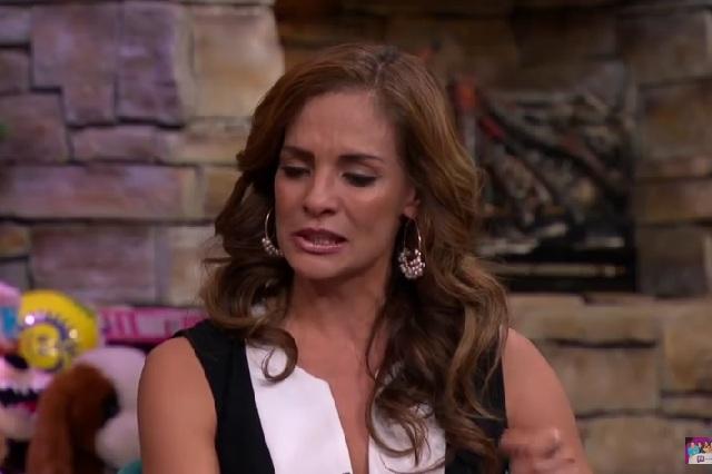 Alma Cero revela entre lágrimas por qué posó desnuda para una revista