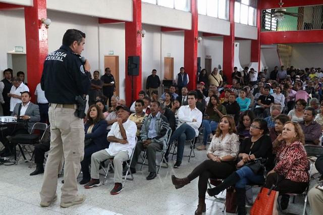 Ofrece Alonso trabajo contra delitos en colonias del sur de Puebla