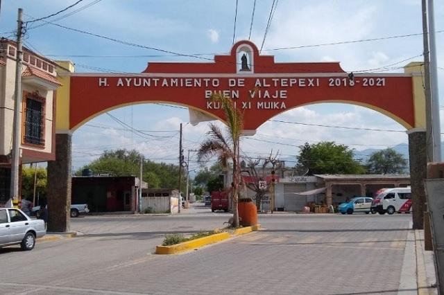Se enfrentan regidores y edil de Altepexi por aumento de sueldo