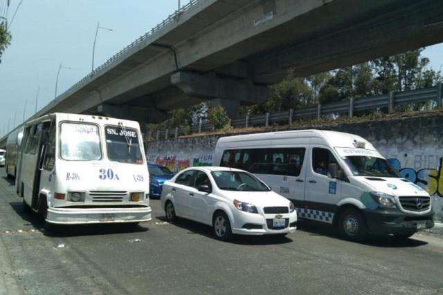 Las obras en la México-Puebla, a la altura de VW, provocan asaltos