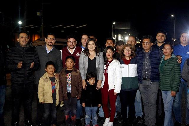 Inician proyecto de alumbrado público solar en Puebla capital