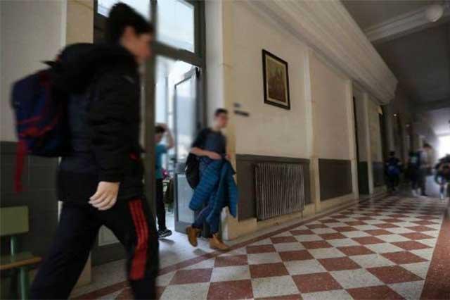 Un estudiante hiere con un puñal a 6 alumnos en una escuela española