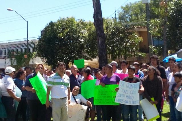 Vecinos de Amalucan se manifestan a favor del parque
