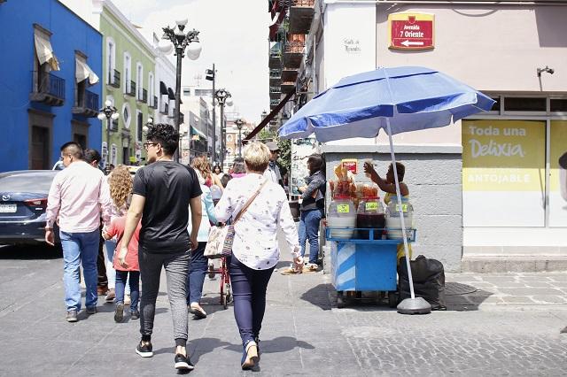 Delitos y ambulantes devalúan el centro histórico de Puebla, alertan