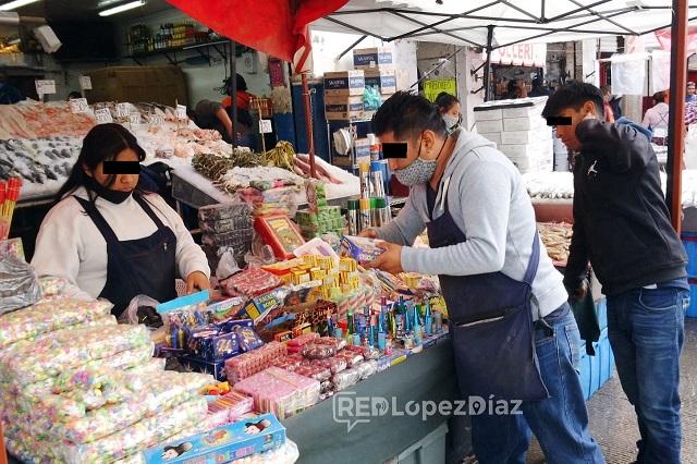 Ambulantes violan acuerdo y se instalan en el Centro de Puebla