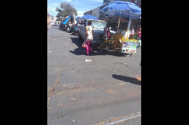 Darán credenciales a vendedores ambulantes en Atlixco