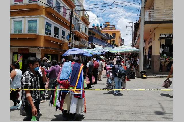 En Huauchinango piden quitar a ambulantes por covid