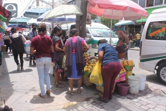 Aumentan los ambulantes en el centro de Tehuacán