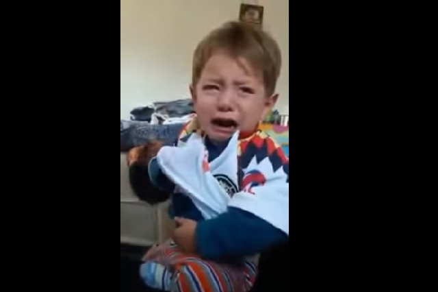 Video viral: Niño llora desconsolado porque viste playera del América