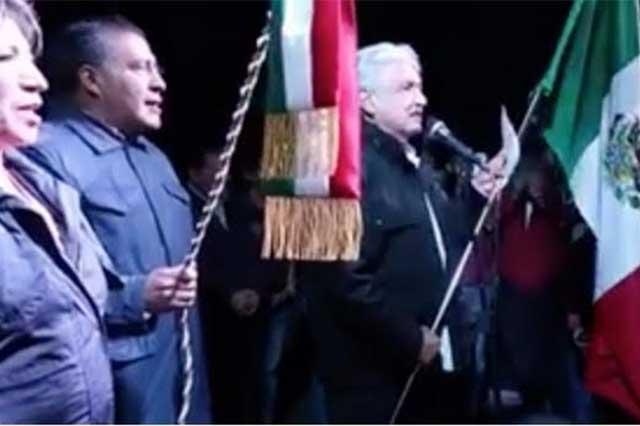Andrés Manuel López Obrador da El Grito de Independencia en Texcoco