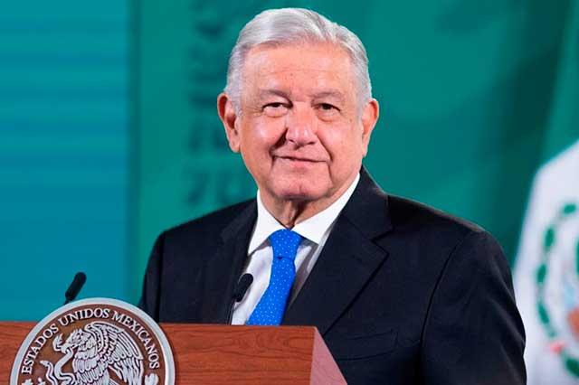 UNAM perdió su esencia y se volvió individualista, asegura AMLO