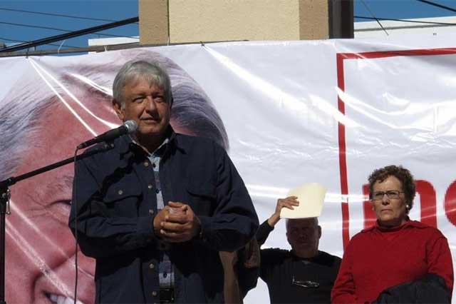 Acusa López Obrador al PRI de sacar votos de la pobreza