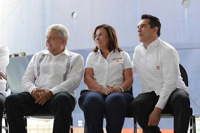 AMLO anuncia que dirección de Pemex se establecerá en Campeche