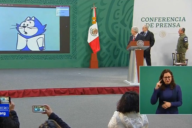 Benito Bodoque aparece en la mañanera y AMLO rinde tributo al Tata