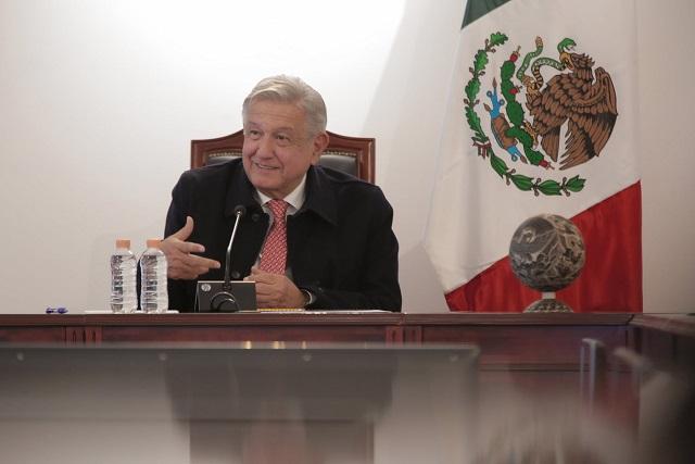 AMLO felicita a los tres mexicanos que ganaron el Oscar a Mejor Sonido
