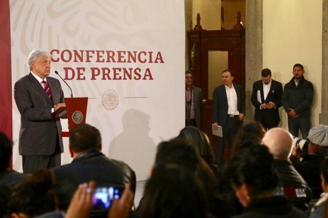 AMLO palomea corporaciones policiacas de Yucatán y CDMX; son buenas, dice