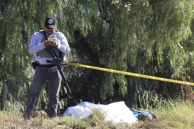 Encuentran amordazados y maniatados 2 cuerpos en Atlixco