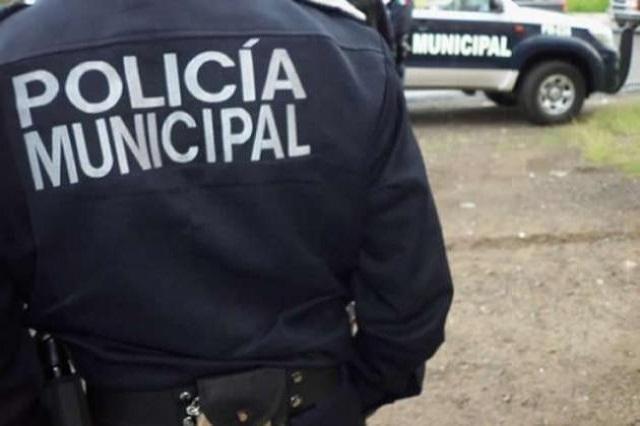 Mandos policiacos de Amozoc siguen presos por ordeña de gas LP