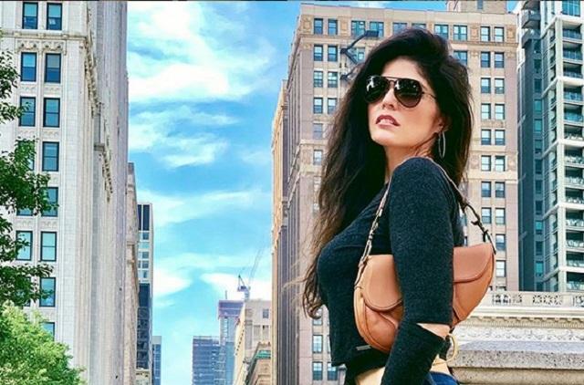 Ana Bárbara se reúne con #LadyQuePoca, fan que se hizo viral tras robarle show