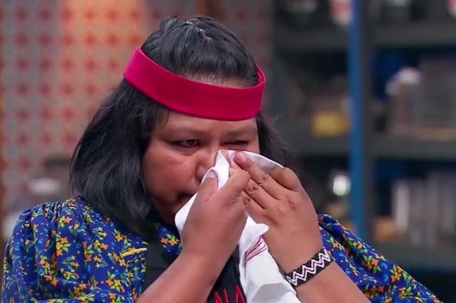 Ana Cely llora con chef Benito y es eliminada de MasterChef