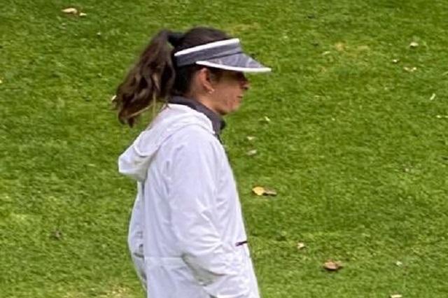 Captan a Ana Gabriela Guevara en campo de golf
