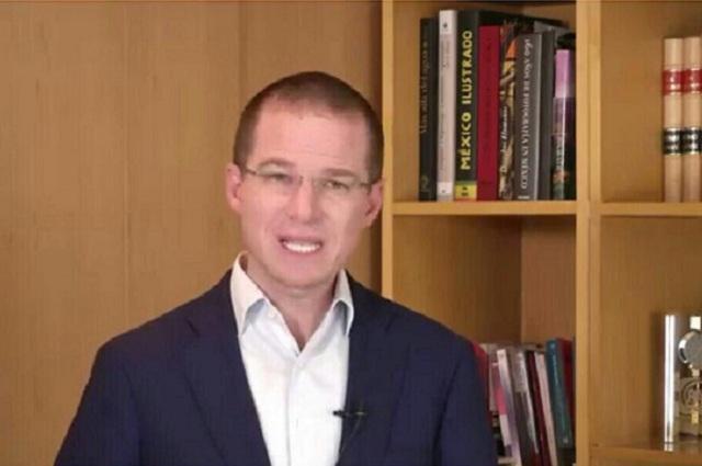 Felipe Calderón acusa a Anaya de pagar publicidad y correr gente del CEN