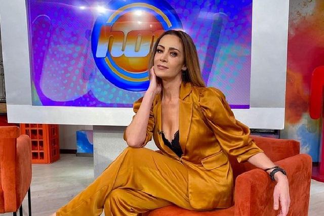 Anette Michel no se queda en Hoy, productora dice que están completos