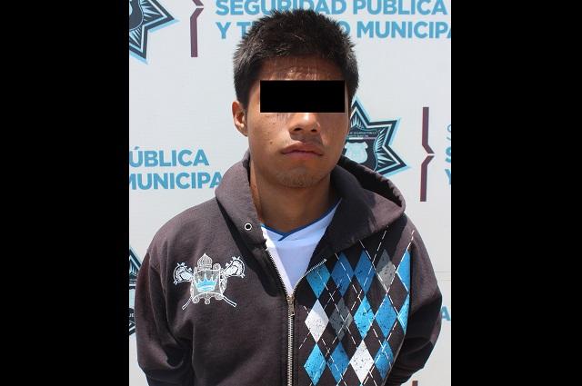 Capturan a cuatro hombres armados en Puebla capital
