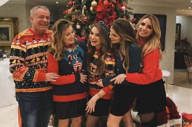 Angélica Rivera y El Güero Castro celebran Navidad con sus hijas