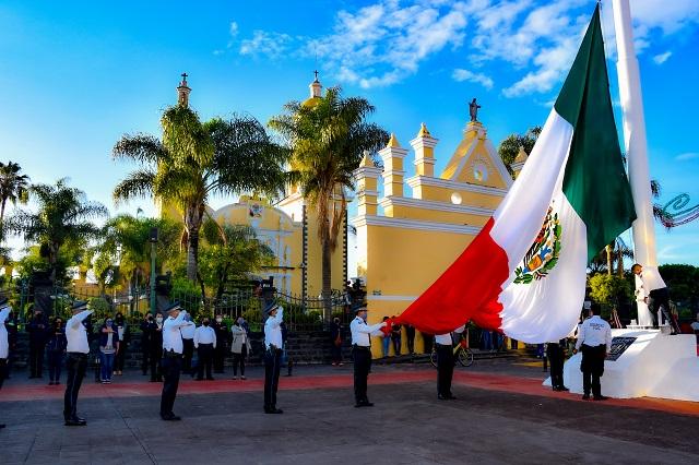 Encabeza Lupita Daniel homenajea la gesta heroica de los Niños Héroes