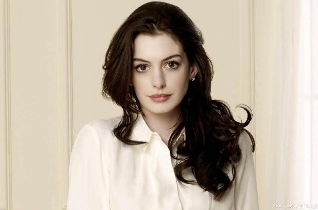 Filtran fotos íntimas donde aparece desnuda con su esposo [FOTOS — Anne Hathaway