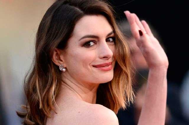 Difunden fotos sin censura de Anne Hathaway desnuda robadas por hacker