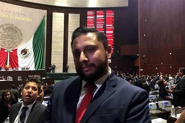 Con orden de aprehensión impiden que diputado del PRI ocupe una curul
