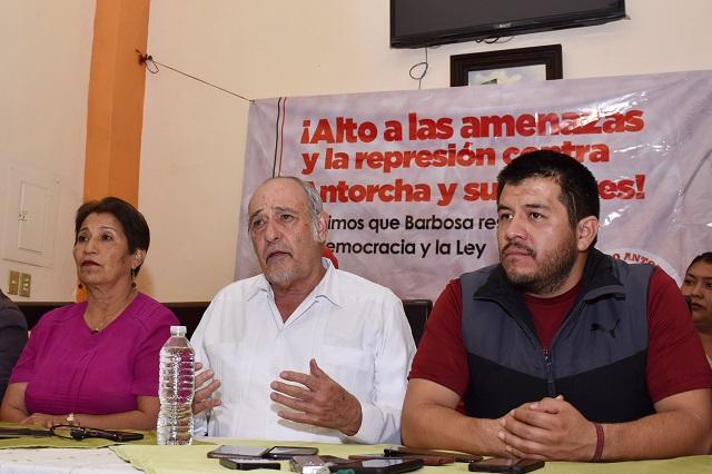 Antorchistas poblanos acusan a Barbosa Huerta de represor