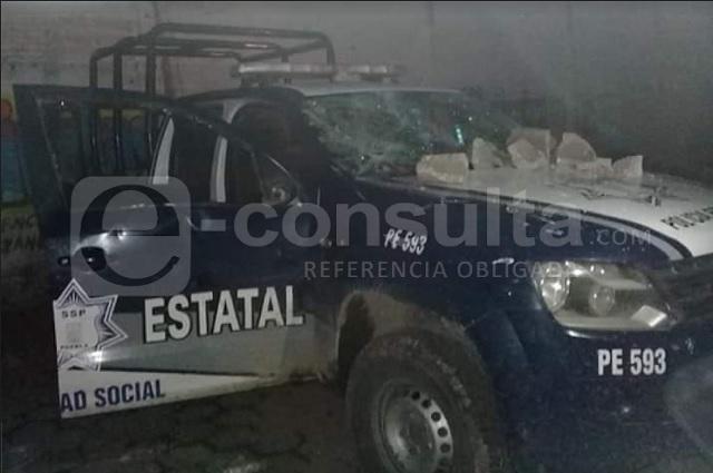 Policías y militares van tras robo de gas y son apedreados en Tepeaca
