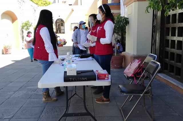 Realizan entrega de apoyos federales de Bienestar en Tehuacán