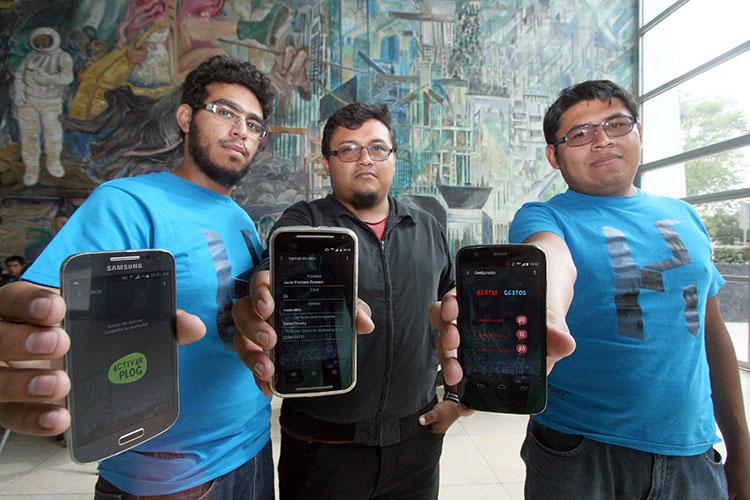 Alumnos de la BUAP son galardonados en HackCDMX