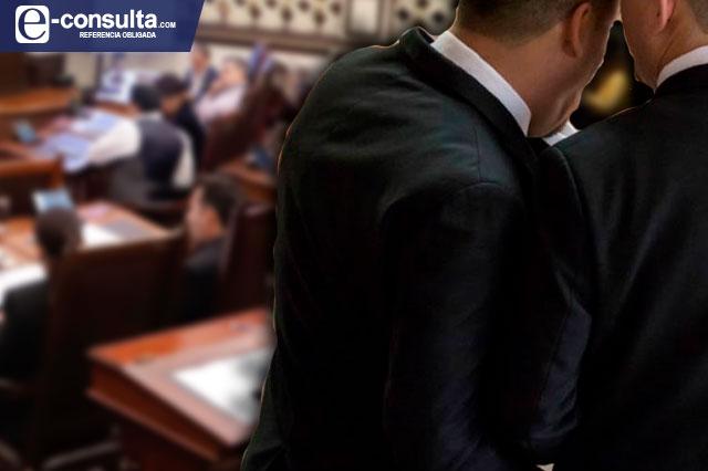 Oficial: reconocen en Puebla matrimonio y concubinato gay